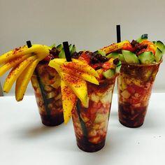 A #triplethreat to dull-and-boring flavor!/ Esto si es fruta en un vaso :)