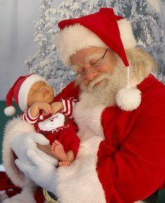 Precious Christmas baby with Santa! Babies First Christmas, Father Christmas, Christmas Baby, Christmas And New Year, All Things Christmas, Vintage Christmas, Christmas Holidays, Merry Christmas, White Christmas