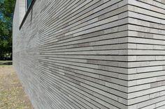 Brick Detail, Brick Texture, Brick Design, Architecture Details, Home And Living, Garden Tools, Villa, New Homes, Exterior