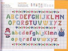 Mit dahinterliegendem Web-Album, der wiederum zu einer Sammlung aller Hefte führt Crochet Alphabet, Cross Stitch Alphabet Patterns, Cross Stitch Letters, Cross Stitch Baby, Bead Loom Patterns, Stitch Patterns, Cross Stitching, Cross Stitch Embroidery, Graph Paper Art