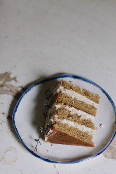 spice cake with cardamom-coffee icing | the vanilla bean blog