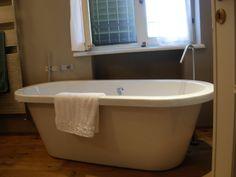Vasca da bagno isolata