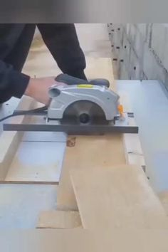 Woodworking Ideas To Sell, Woodworking Tools For Beginners, Learn Woodworking, Woodworking Techniques, Woodworking Crafts, Woodworking Plans, Unique Woodworking, Popular Woodworking, Woodworking Videos