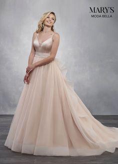 d91446a6618 Fairytale wedding dress with a satin bodice