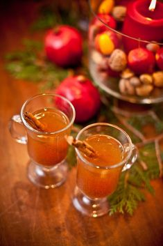 Hot Spiced Apple Cider (I'd spike it with Smirnoff Pear or Wild Honey vodka--amazing!) #partycrafters #fall #autumn