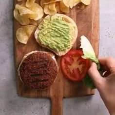 Healthy Recipe Videos, Easy Healthy Recipes, Healthy Snacks, Vegetarian Recipes, Easy Meals, Cooking Recipes, Protein Recipes, Healthy Protein, Protein Burger