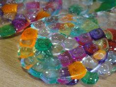 Tutorial Jahitan Manik : Melted Bead Suncatcher / Ornaments - % - http://maribelajarsulamanmanik.com/tutorial-jahitan-manik-melted-bead-suncatcher-ornaments/ great summer project must try! :: ecrafty