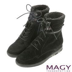https://tw.buy.yahoo.com/gdsale/MAGY粗曠中性帥氣牛麂皮造型拉鍊綁帶短靴黑色-5522341.html