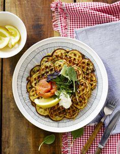 Lohi-pinaattivohvelit ja salaatti - Soppa 365