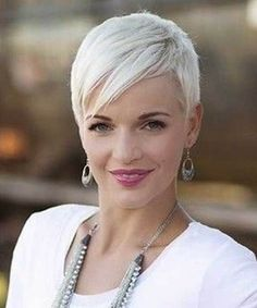 Pixie haircuts with bangs. List of pixie hairstyles. Short pixie haircuts Previous Post Next Post Pixie Haircut 2016, Short Pixie Haircuts, Haircuts With Bangs, Pixie Hairstyles, Short Hair Cuts, Cool Hairstyles, Short Hair Styles, Pixie Cuts, Blonde Haircuts