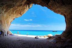 Perché andare all'estero quando in Italia si possono avere a portata di mano, attraversando pochi chilometri, dei posti da sogno come questi?
