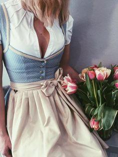 Authentic Lederhosen and Dirndl Dresses FREE Apron & Blouse! Shop at: Lederhosenstore(dot)com Beautiful Vintage German Dress for a Causal Wear on sale. German Costume or [. Cute Dress Outfits, Cute Dresses, Dresses Dresses, Summer Dresses, Looks Chic, Looks Style, Vestidos Vintage, Vintage Dresses, German Costume