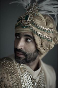 A magnificent kilangi in emeralds, uncut diamonds and yellow sapphires set in 18 karat gold sits atop a stately safa in chanderi tissue. Indian Wedding Poses, Wedding Dresses Men Indian, Indian Wedding Couple Photography, Wedding Dress Men, Indian Wedding Jewelry, Wedding Men, Bridal Jewelry, Turbans, Indian Groom Dress