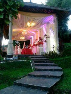 Bride stage