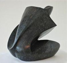 Human Sculpture, Sculptures Céramiques, Bird Sculpture, Stone Sculpture, Abstract Sculpture, Sculpture Ideas, Ceramic Figures, Ceramic Art, Ceramic Sculpture Figurative