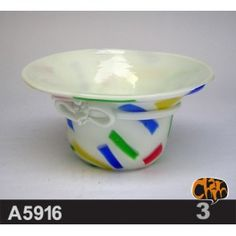 Size: 17.7DX9cm Material: Murano glass Description: All of our glass crafts are true hand blown. They are different from the other glass crafts which are made by machine. Our glass crafts are handicraft in its true sense. Our products are international certified, they are controled in the standard quality field. Now we have some stocks to sell,and the real products will look exactly the same as photos. $69.50
