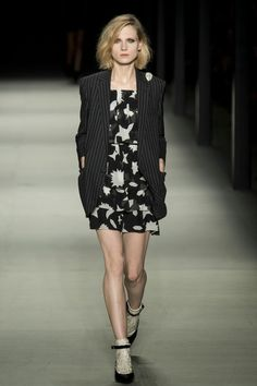 SAINT LAURENT - LE DÉFILÉ PRINTEMPS-ÉTÉ 2014 – FASHION WEEK DE PARIS http://fashionblogofmedoki.blogspot.be