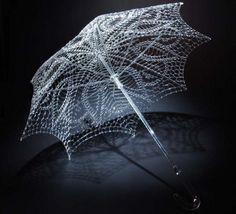 Le sculture di vetro di Robert Mickelson