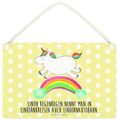 Deko Schild Einhorn Regenbogen aus MDF  Weiß - Das Original von Mr. & Mrs. Panda.  Ein wunderschönes Schild aus der Manufaktur von Mr. & Mrs. Panda - die Schilder werden von uns direkt nach der Bestellung liebevoll bedruckt und mit einer wunderschönen Kordel zum Aufhängen versehen.    Über unser Motiv Einhorn Regenbogen  Das Regenbogen-Einhorn sieht nicht nur richtig fröhlich aus, sondern vermittelt jede Menge Fachwissen. Oder hast du schon gewusst, wie die Einhörner einen Regenbogen nennen?…