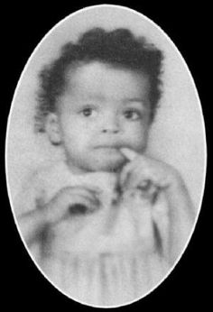 Diana Ross as a baby Diana Ross, Celebrities Then And Now, Young Celebrities, Celebs, Lady Sings The Blues, Childhood Photos, Adolescents, A Star Is Born, Jolie Photo