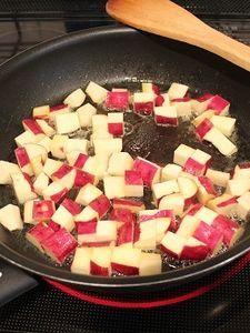 お弁当に☆揚げないコロコロ大学芋 by 野島ゆきえ | レシピサイト「Nadia | ナディア」プロの料理を無料で検索