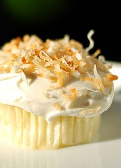 Key Lime Cupcakes with Coconut Buttercream Frosting