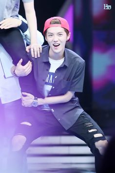140611 EXO @ Happy Camp - Luhan
