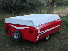 Vintage Camper Trailers For Sale. If you are looking to buy a vintage trailer, RV or tow vehicle you have found the right place! Vintage Campers For Sale, Vintage Campers Trailers, Camper Trailers, Trailer Tent, Camper Trailer For Sale, Rent A Tent, Tin Can Tourist, Paint Themes, Punk Shoes