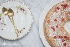 Bizcocho de granada y naranja/Pomegranate Orange cake