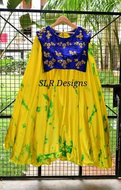 Embroidery patterns for baby children 43 Ideas Lehenga Designs, Saree Blouse Designs, Kids Blouse Designs, Long Gown Dress, Kids Lehenga, Frock Design, Kids Frocks, Tie Dye Dress, Anarkali Dress