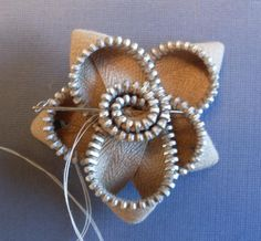 Swirlydoos Monthly Scrapbook Kit Club: Forums / Flower Tutorials / Zipper Flower Tutorial