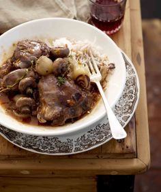 Oor die kole met Jan Braai: Coq Au Vin (Hoender in wyn) Braai Recipes, Cooking Recipes, Venison, Beef, South African Recipes, Outdoor Cooking, Side Dishes, Dessert Recipes, Desserts