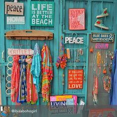 The Ibiza turqouise door to boho heaven ! Looks like it's becomes the summer…
