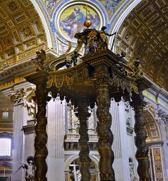 Fun facts about St. Peter's Basilica in Vatican City, from its baldacchino to Pieta! St Peters Basilica, Cities In Italy, Classical Architecture, Vatican City, Cool Websites, Big Ben, Fun Facts, Walks, Fair Grounds