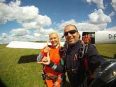 All aboard! Let's go #skydiving  http://www.gojump.de/en.html
