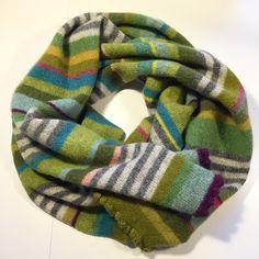 Halstørklæde. 100% supersoft wool. Hanne Rimmen