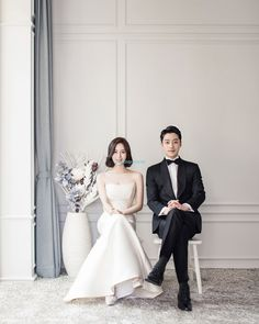 Useful Wedding Event Planning Tips That Stand The Test Of Time Korean Wedding Photography, Wedding Photography Packages, Bridal Photography, Photography Poses, Wedding Couple Poses, Pre Wedding Photoshoot, Wedding Shoot, Wedding Dresses, Korean Couple Photoshoot