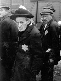 Birkenau, Poland, Rabbi Leib Weiss and his son Shlomo from the Tacovo Ghetto, standing on the platform, 27/05/1944