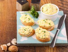 Egy finom Pikáns tojáskrém ebédre vagy vacsorára? Pikáns tojáskrém Receptek a Mindmegette.hu Recept gyűjteményében! Mashed Potatoes, Muffin, Food And Drink, Bread, Snacks, Cooking, Breakfast, Healthy, Ethnic Recipes