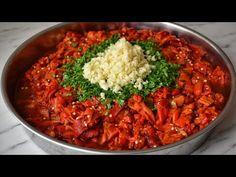 HER SENE KIŞ İÇİN YAPIYORUM AMA KIŞA KALMIYOR 🙈 TURŞU TADINDA SOS TARİFİ / KAHVALTILIK TARİF - YouTube Food Design, Pepperoni, Feel Good, Chili, Curry, Appetizers, Soup, Cooking, Ethnic Recipes
