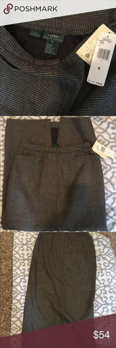 NWT Ralph Lauren Charcoal Maxi Skirt Beautiful Maxi skirt by Ralph Lauren size 6  Wool fully lined pockets on front split on back Ralph Lauren Skirts Maxi