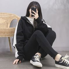 Learn About These Great korean fashion outfits 3920 Korean Girl Fashion, Korean Fashion Trends, Ulzzang Fashion, Korean Street Fashion, Korea Fashion, Look Fashion, Asian Fashion, Kpop Fashion Outfits, Edgy Outfits
