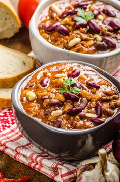 This is our family's go to slow cooker chicken chili when we want something easy to prepare, yummy and ready to eat at the end of a long work day. Slow Cooker Freezer Meals, Slow Cooker Chicken, Slow Cooker Recipes, Crockpot Recipes, Cooking Recipes, Freezer Recipes, Freezer Cooking, Slow Cooking, Cooking Tips