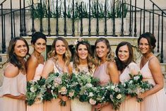 A Hayford & Rhodes bride with her stunning bridesmaids in light coral dresses, with bouquets to match. Image: Will Patrick Photography. Bridesmaids, Bridesmaid Dresses, Wedding Dresses, 2018 Wedding Trends, Live Coral, Coral Dress, Blush Roses, Beach Holiday, Color Of The Year
