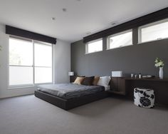 The most up to date room design that is recommended for you to understand your dream bedroom style is a bed room style image starting from a simple, modern, minimalist, to super fancy design below. Japanese Home Decor, Asian Home Decor, Luxury Home Decor, Apartment Bedroom Decor, Apartment Interior, Home Room Design, Home Interior Design, Small Room Bedroom, Bed Room