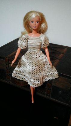 Vestido de crochet para Barbie