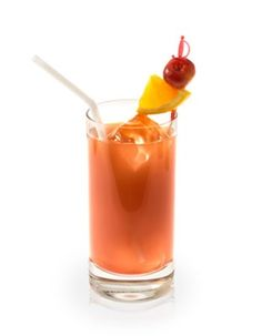 A delicious cocktail recipe for the Bay Breeze cocktail with Vodka, Pineapple Juice and Cranberry Juice. See the ingredients, how to make it, view instrucitonal videos, and even email or text it to you phone. Vodka Drinks, Bar Drinks, Cocktail Drinks, Cocktail Recipes, Cocktails, Beverages, Bay Breeze Cocktail, Pineapple Vodka, First Date Tips