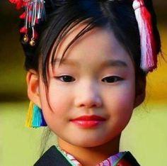 18 Niños de diferentes razas del mundo y sus hermosas miradas.
