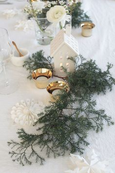 10 Trends of Christmas Decorations 2017 - Seeking Lavender Lane Christmas Trends, Noel Christmas, Christmas Inspiration, Winter Christmas, Xmas, Christmas Gifts, Minimal Christmas, Natural Christmas, Scandinavian Christmas