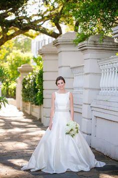 Historic Downtown Charleston Bridal Portraits // Dana Cubbage Weddings // Charleston SC Wedding Photography